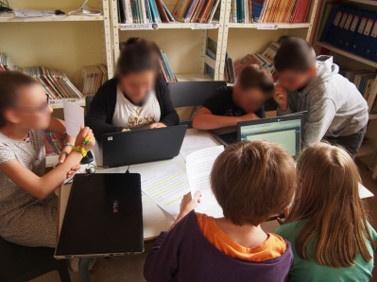Atelier d'écriture en ligne scealprod.fr pour créer un livre en classe