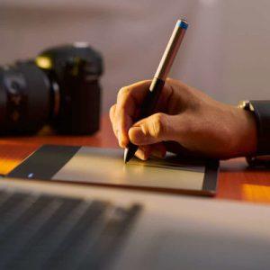 Ecrire son propre récit, Scéalprod